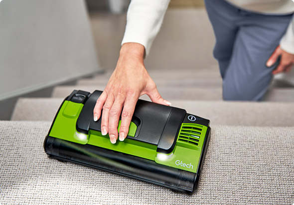 Upright & handheld cleaning