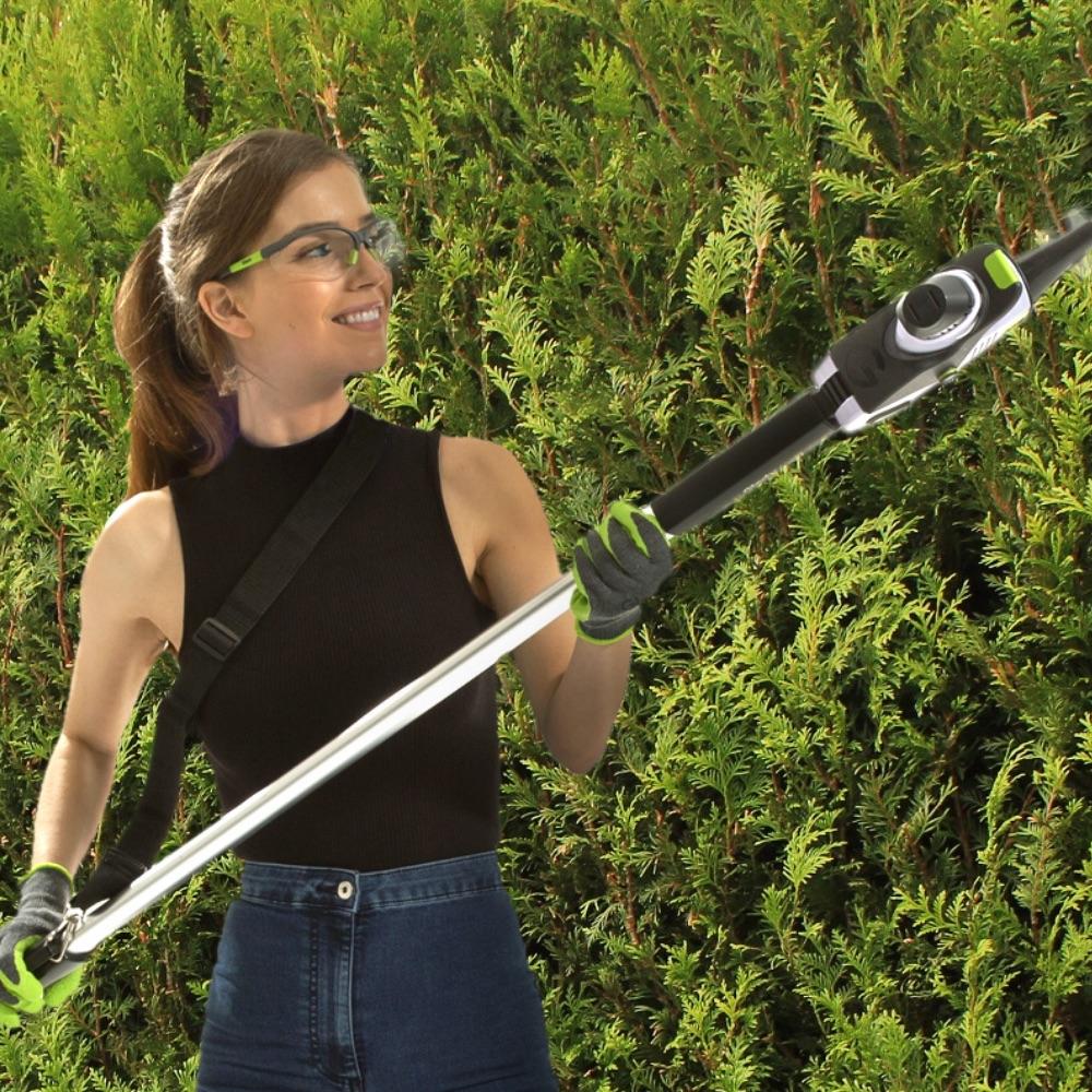 HT50 long reach hedge trimmer