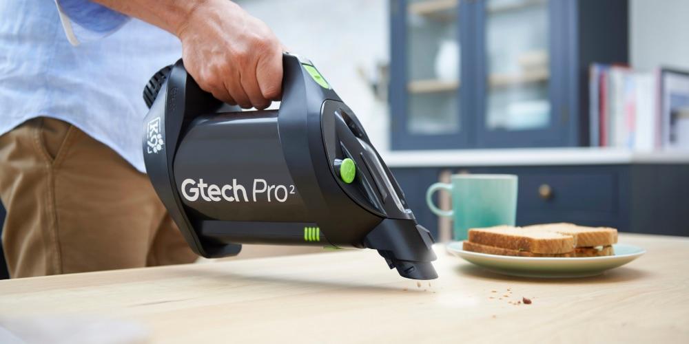 Stick Pet Vacuum Cleaner in Handheld Mode