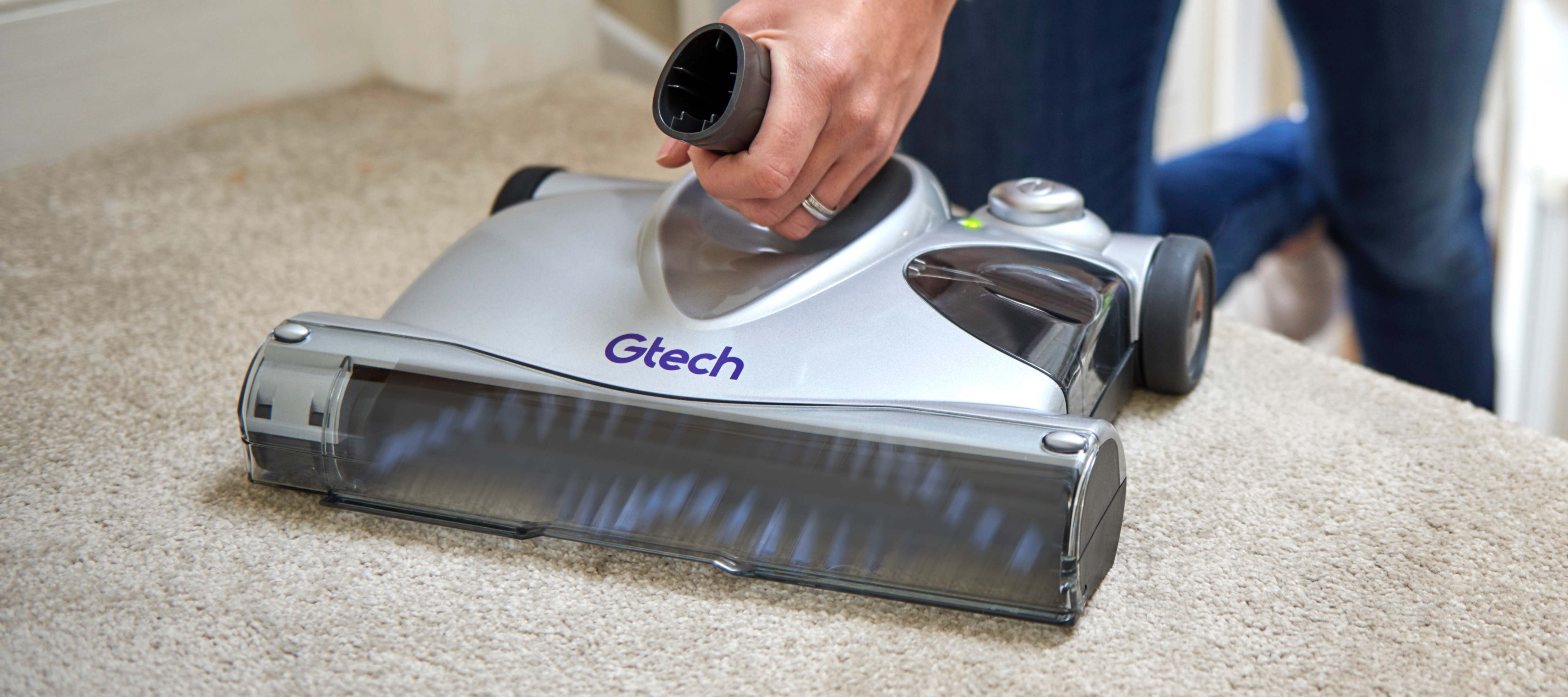 SW02 advanced battery powered carpet sweeper