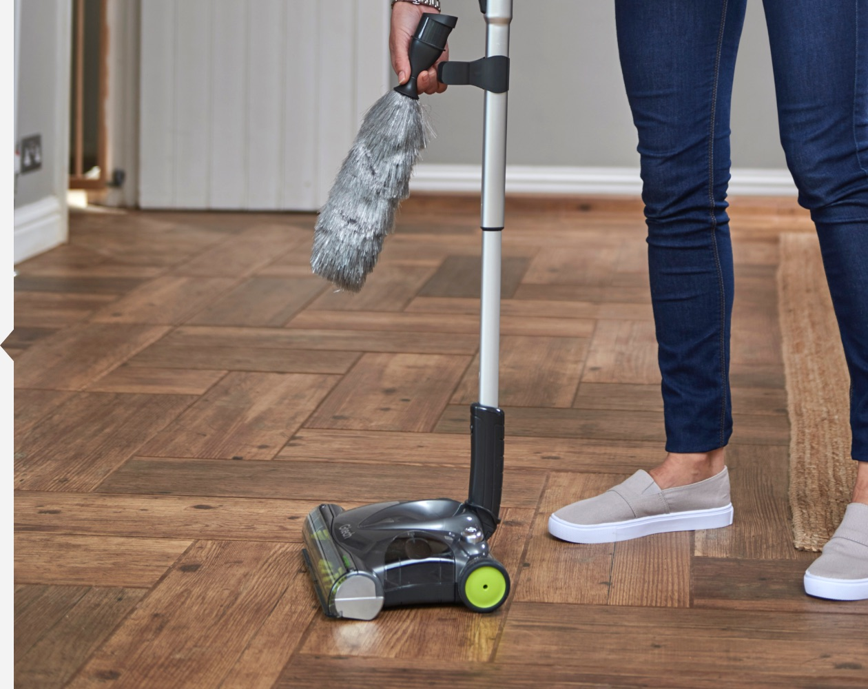 SW22 lithium carpet sweeper duster