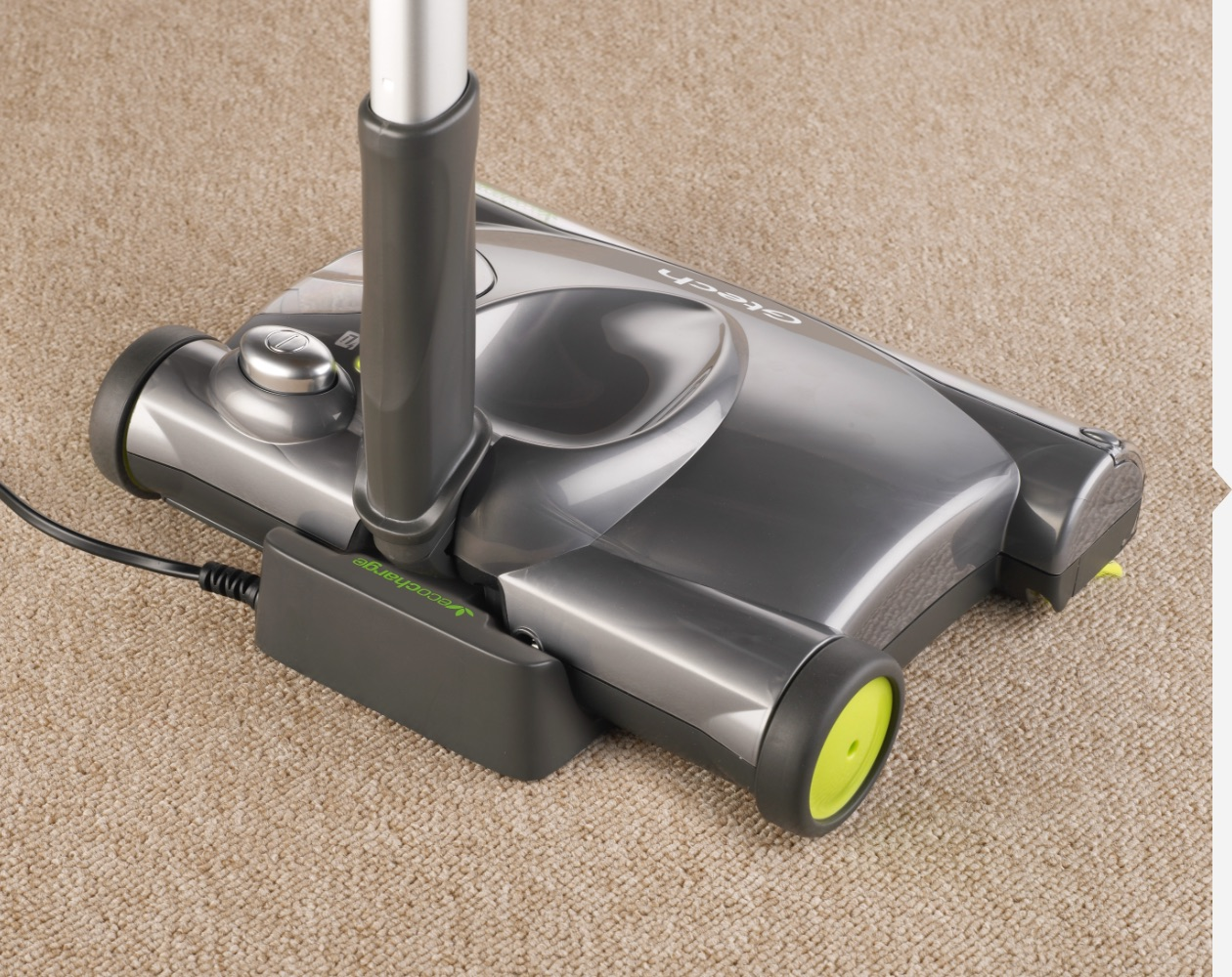 SW22 lithium cordless carpet sweeper