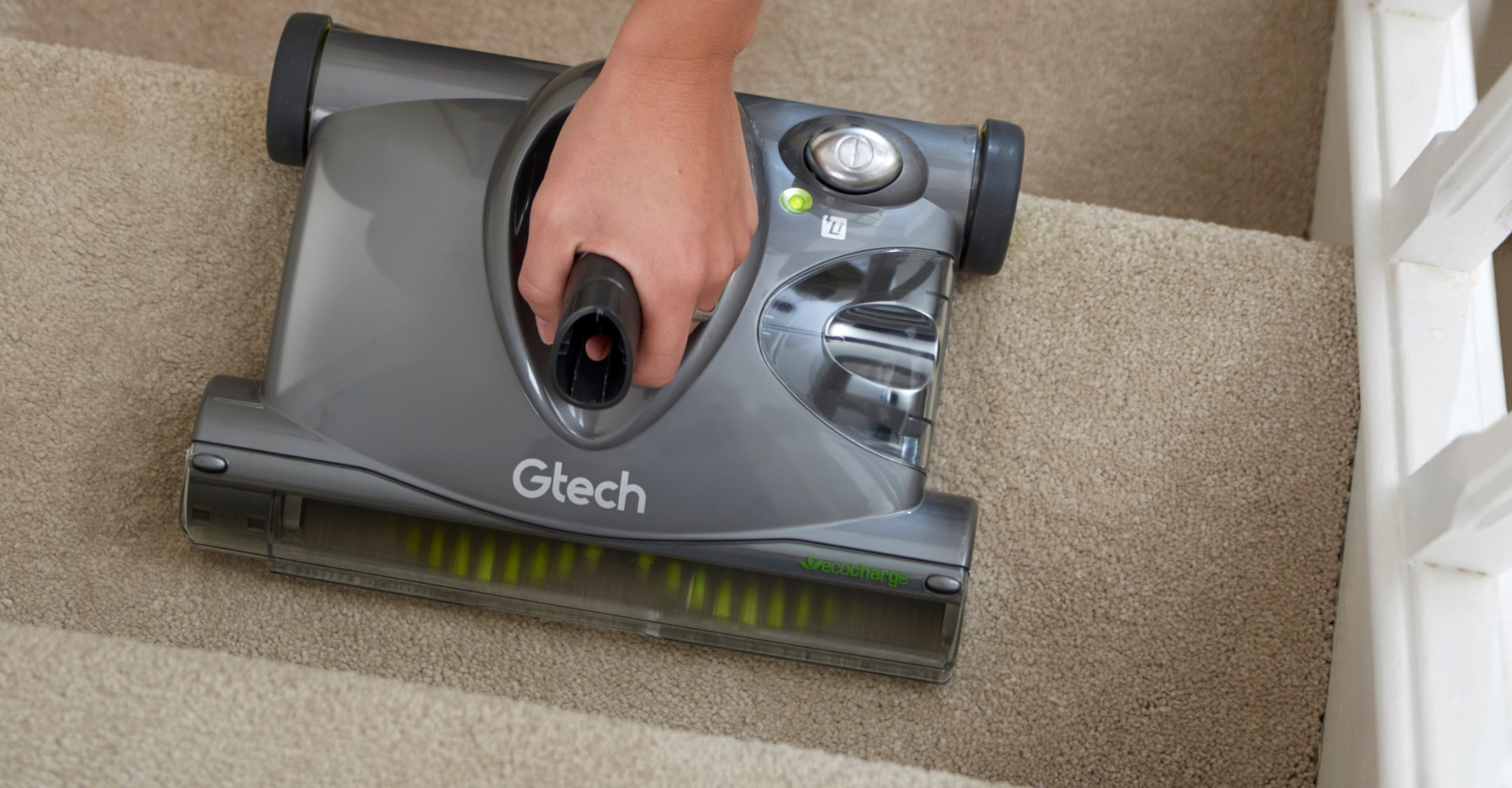 SW22 lithium carpet sweeper use on stairs