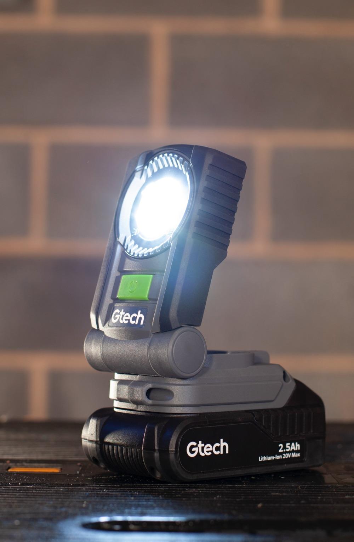 Battery powered task light